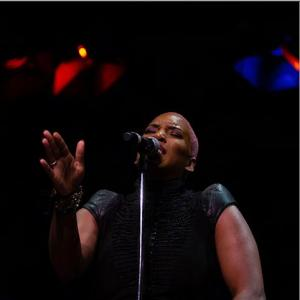 LIV WARFIELD - CONCERT AU NEW MORNING